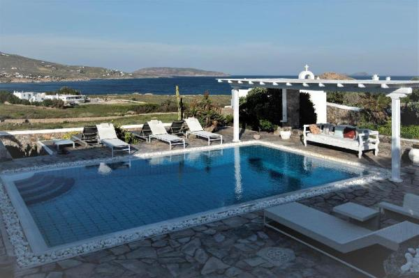 Manu Mykonos Superb Villa 5 Bedrooms 12 Guests Mykonos