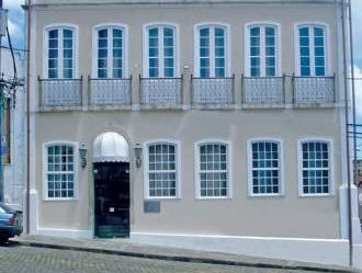 A Casa Das Portas Velhas