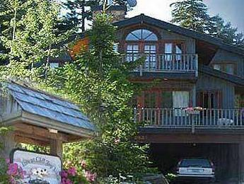 Inn At Clifftop Lane Bed And Breakfast Whistler Bc