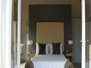 Four Rosmead Boutique Hotel