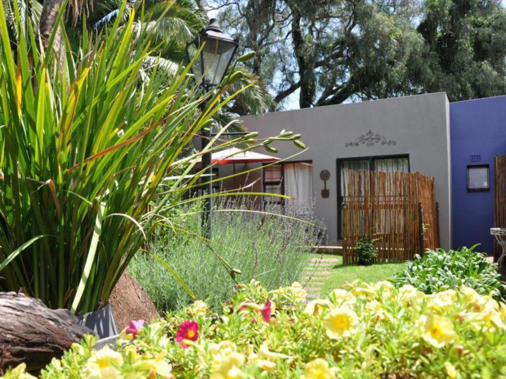 ginnegaap guest house hotels : book now