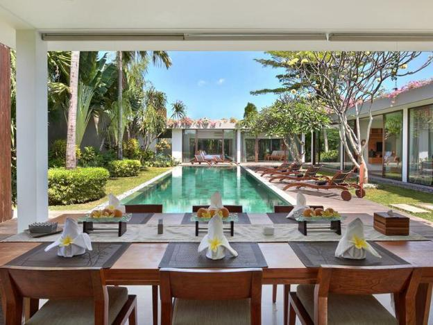 Three BR Villa with Private Pool-Breakfast|ZBV