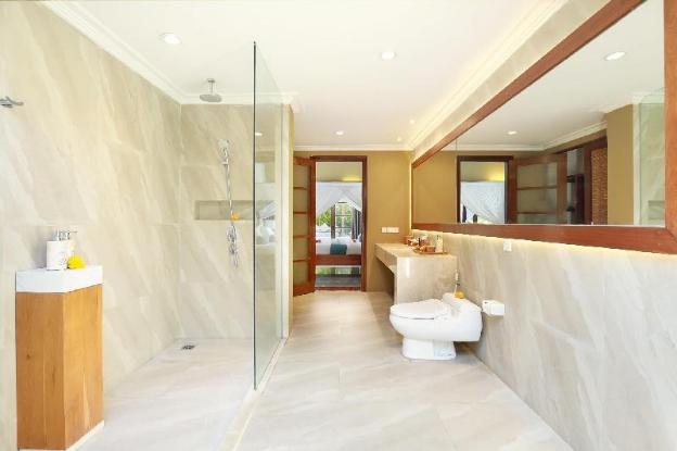 Three BR Villa w Private Pool-Breakfast KVS
