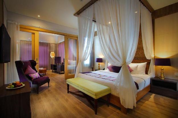 Kirana Room Pool Villa-Breakfast|TKH