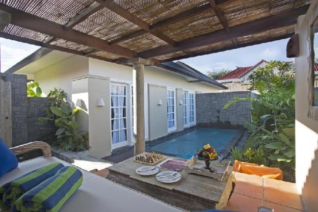 Pool Suite-Breakfast|MBH