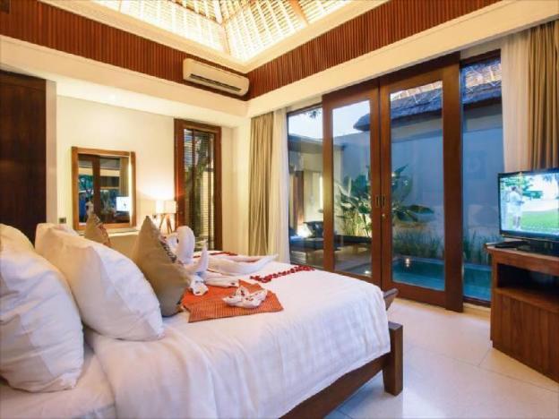 One BR Pool Villa-Breakfast|RVC