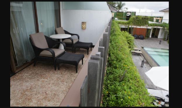 1BR Duplex Villa Pool View - Breakfast