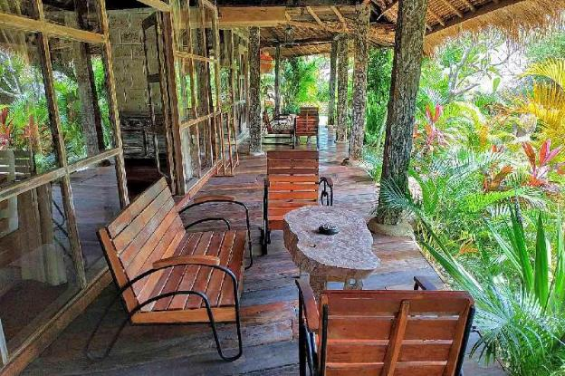 Bungalow Lakeside Lodge 1BR - Breakfast