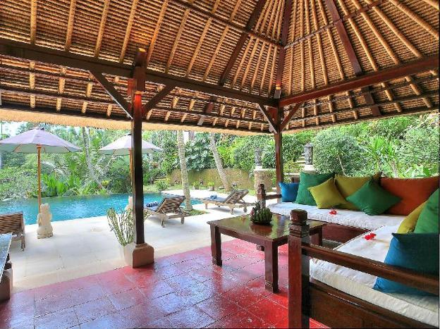 ThreeBR Villa with Private Pool  Bathtub+Breakfast