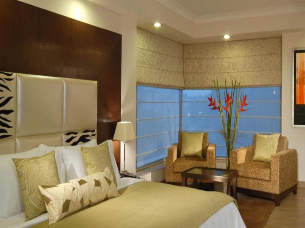 Ahuja Residency Noida Fortune Inn Grazia Noida Hotels Book Now