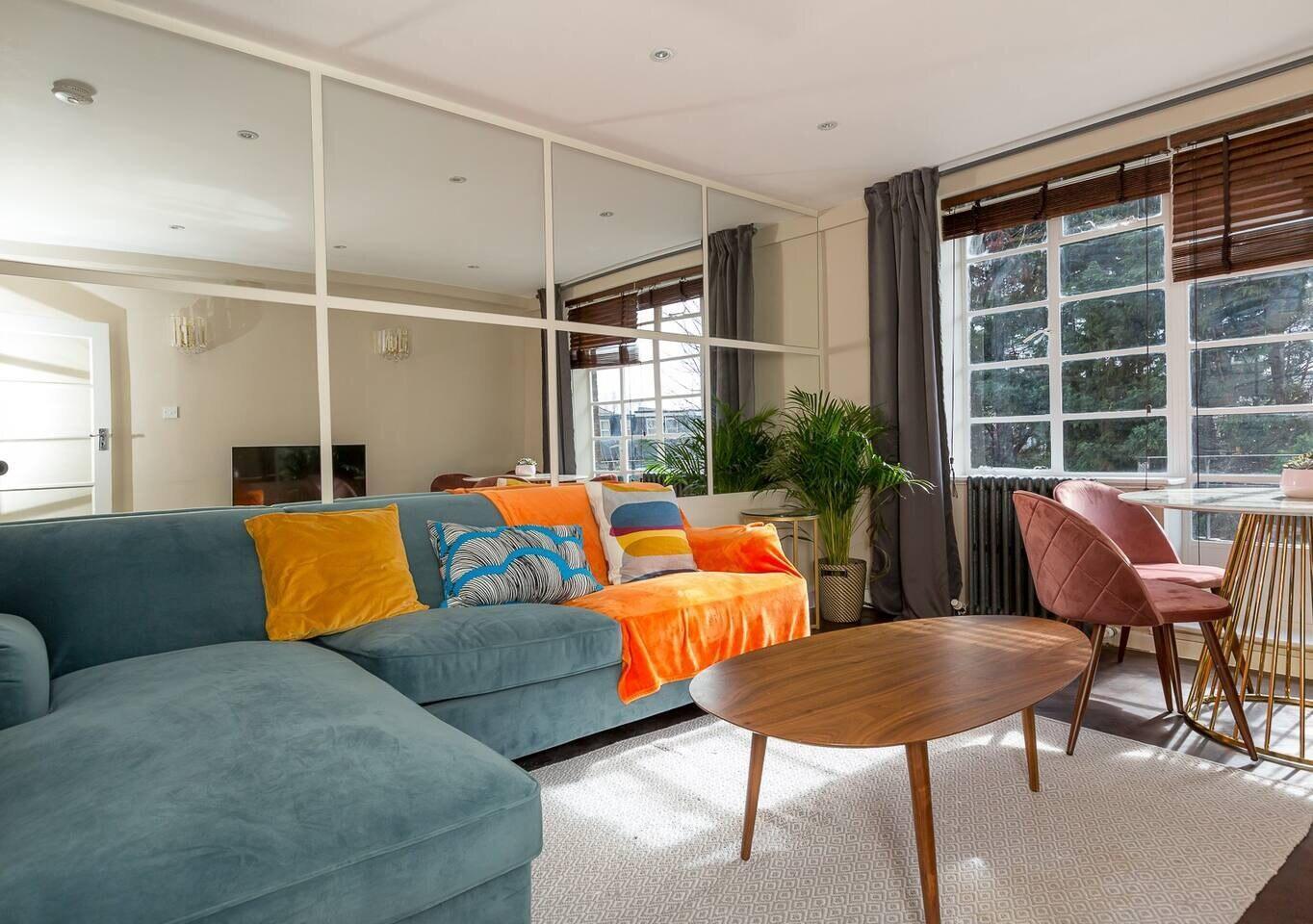 Beautiful 2BR Apartment in Shepherds Bush