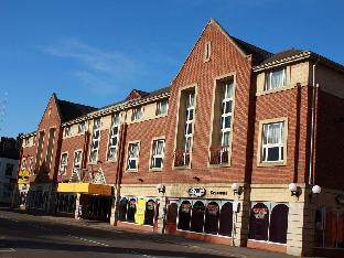 Hotels near Pride Park Stadium - Hallmark Inn Derby