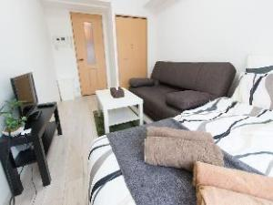 XS 2 Bedroom Apartment near Namba S25