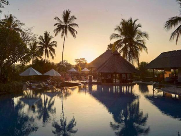 2BR Stunning & Fabulous Valley Pool Villa - Breakfast