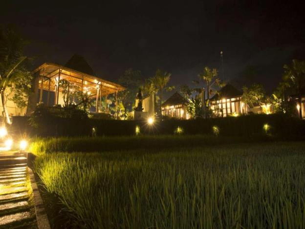 Tranquil Pool Villa 1BR - Breakfast W/Pool View