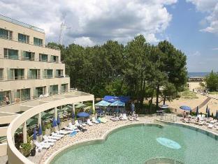 Jeravi Beach Hotel   All Inclusive