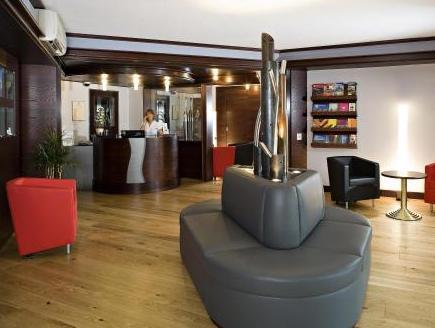 Cottage Logis Hotel   Restaurant