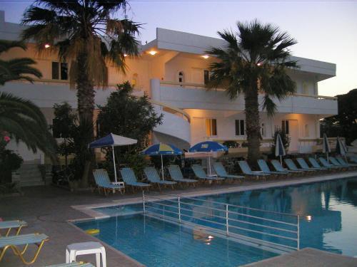 Paleos Hotel Apartments