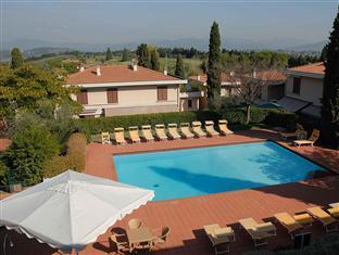 Poggio Del Golf Residence And Club
