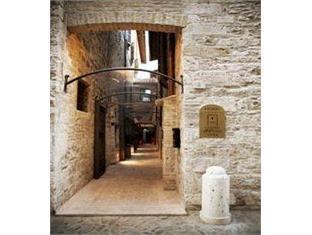 Hotel & Residenza 100 Torri
