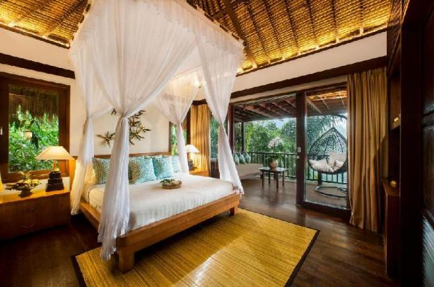 Two  BR Wooden House with Private Pool + Breakfast