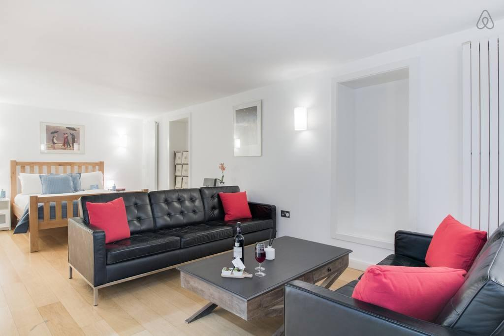 Spacious New Kings Road Nest - MMY