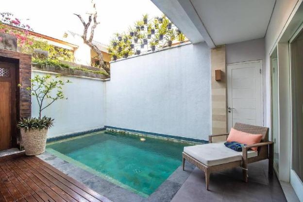 Three Bedroom Villa In Seminyak Wbreakfast