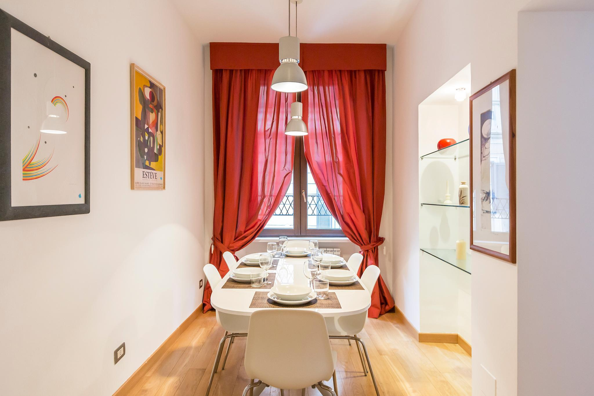 Stylish 3 BR in the center of Via Tortona
