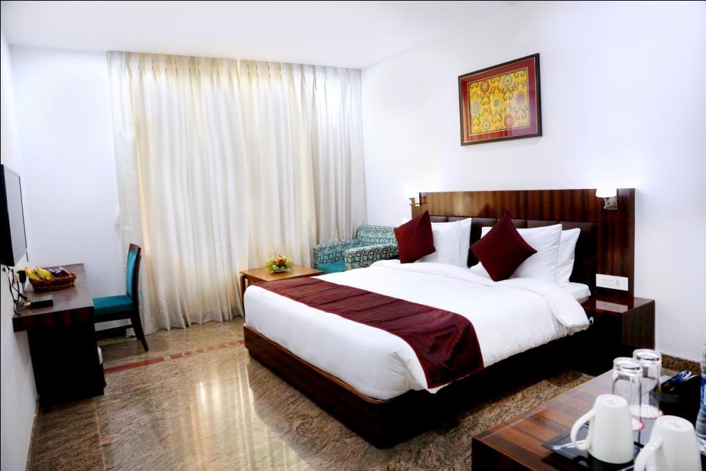 Hotel Silk City