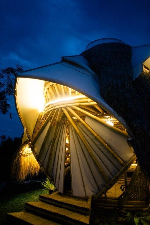 NewEarth Haven - Amethyst Crystal  Eco Dome