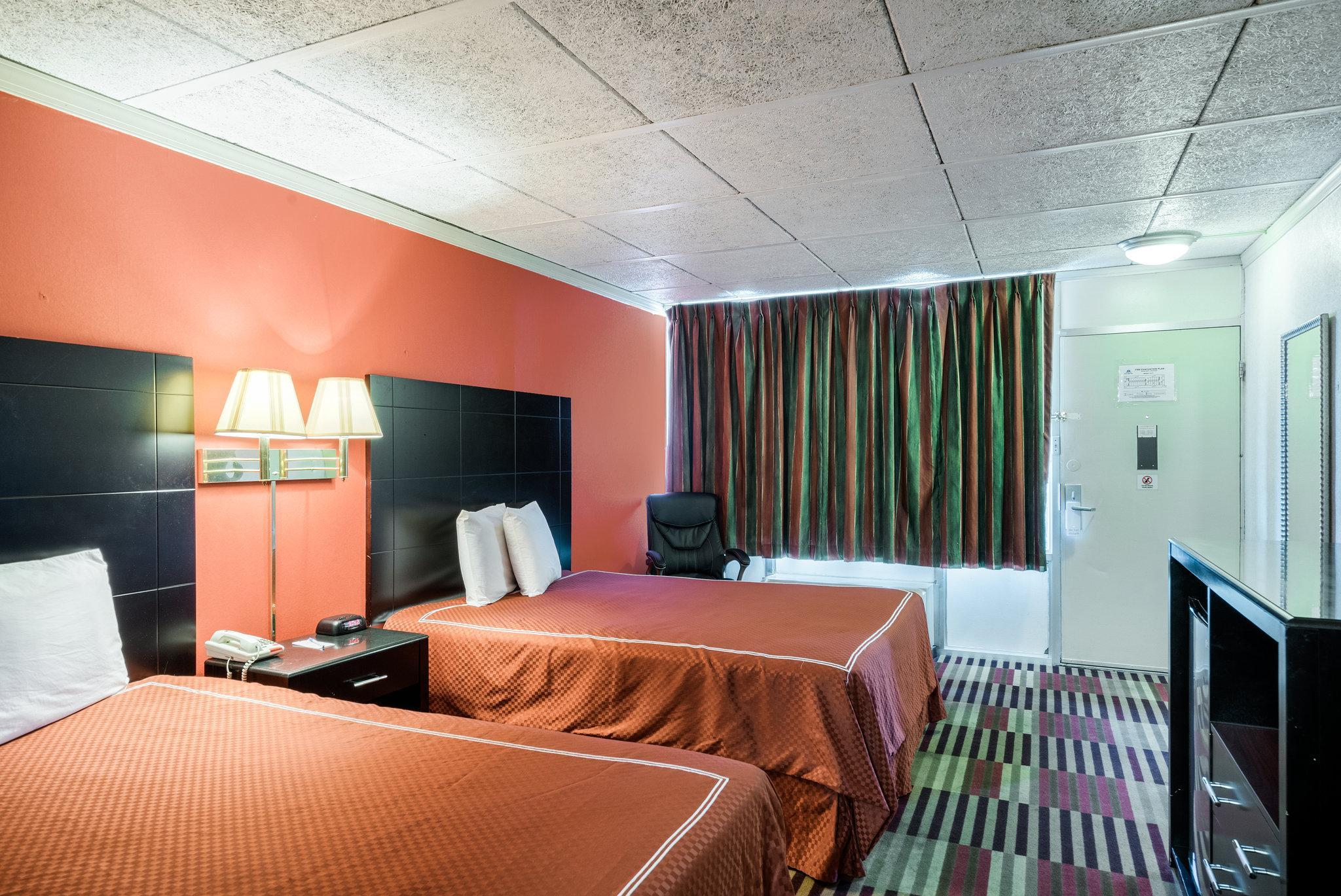 Rodeway Inn University Hotel