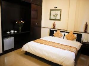 Ily Hotel