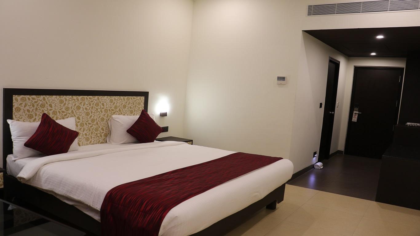DSR Madhanam Inn