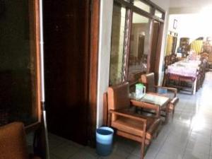 O Hotel Prayogo (Hotel Prayogo Baru)