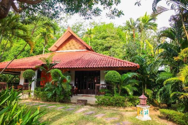 Locals Villa Hotel Phuket