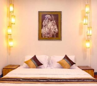 [ニンマーンヘーミン]一軒家(64m2)| 4ベッドルーム/4バスルーム Astro House★Seconds to One Nimman, 4 bed rooms