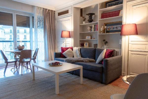Furnished Apartment near Eiffel Tower Paris