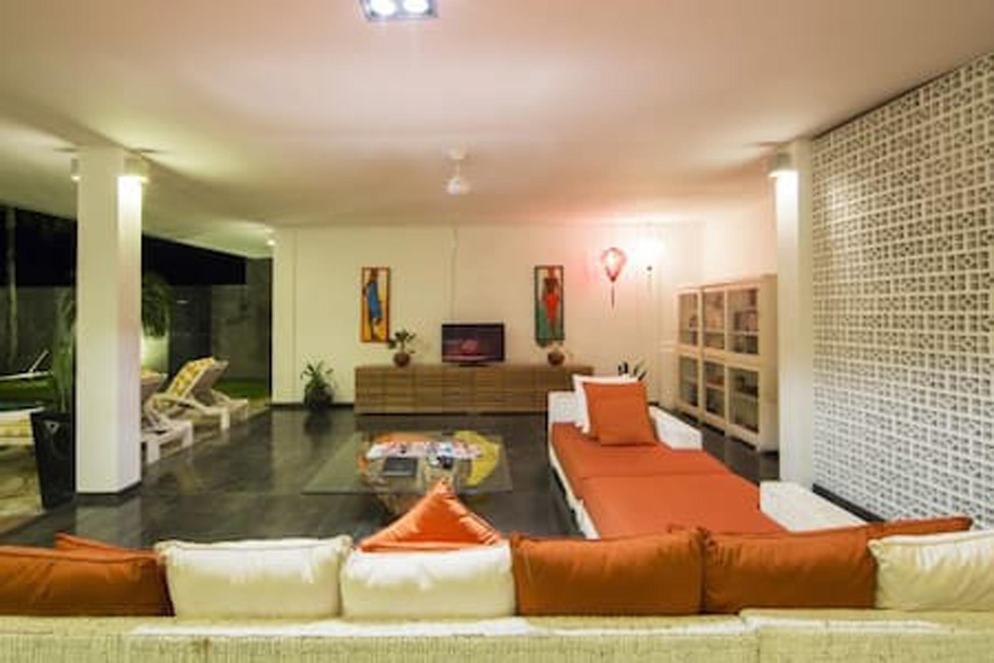 2 BR Hideaways Villa, Canggu, 3min to Eco Beach 2