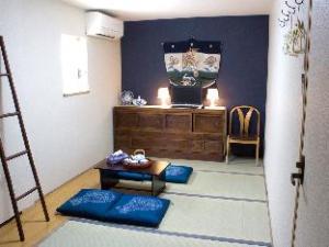 Tsukiji Hostel Wakayama Room2