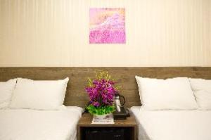 taichung fengchia hotel99
