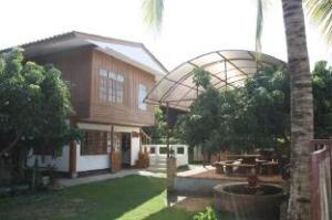 Sanpatong Farm Stay