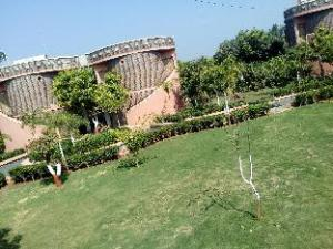 Hotel Shyam Farm House