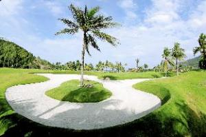 Diamond Bay Golf and Villas