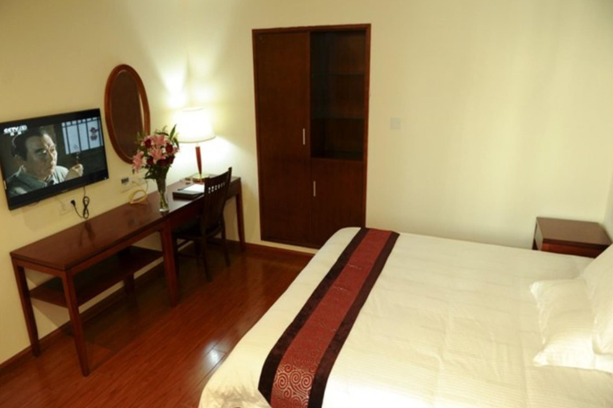 GreenTree Inn JiangSu WuXi BinHu TaiHu Pearl Development Mansion Business Hotel