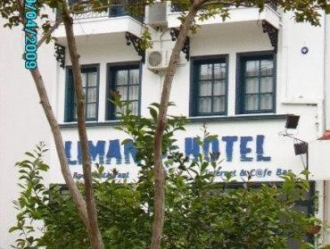 Mr. Happy's   Liman Hotel