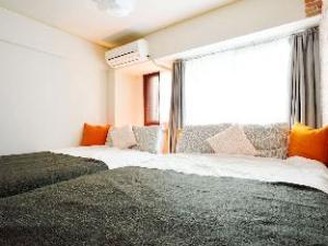 FJT 1 Bedroom Apartment central Osaka