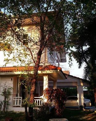[チャチューンサオ市内中心部]一軒家(780m2)| 4ベッドルーム/4バスルーム A serene home - Baan Khun Pat