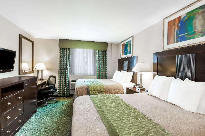 Royal Stay Hotel