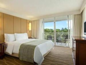 Key Largo Grande Hotel a Hilton Resort