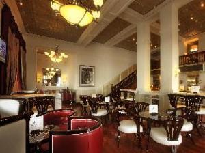 โรงแรมทัจเคปทาว์น (Taj Cape Town Hotel)